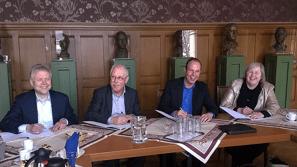 Van links naar rechts: Marcel Timmerman, Gerard van de Ven, Erik Dahmen en Sandra Korthuis