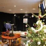 Ook vorig jaar stond er een mooie kerstboom in de Gielenzaal.