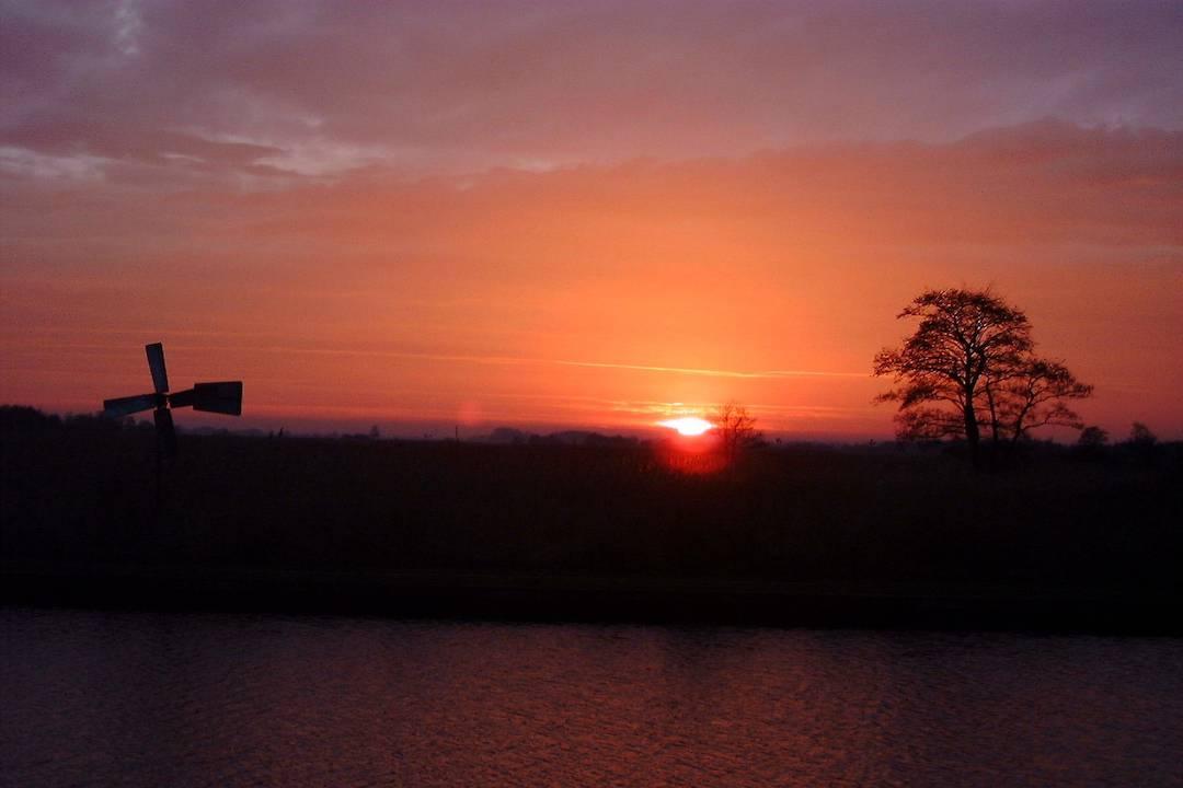 zonsondergangstocht foto