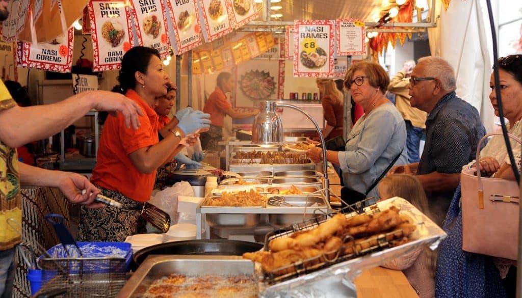 3. Restaurant Pasar Malam (Rob Daniels)