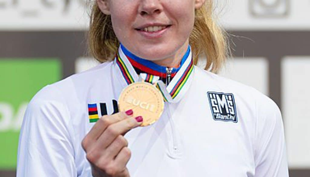 Anna van de Breggen