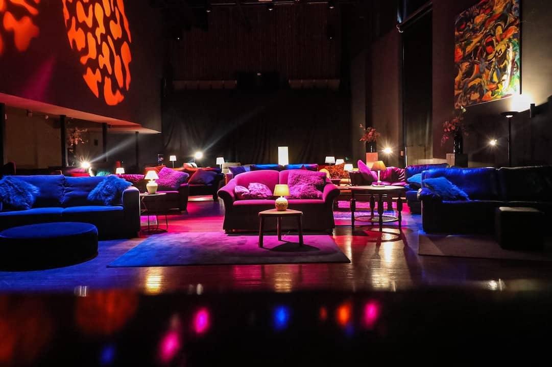 Vestzaktheater wordt huiskamer