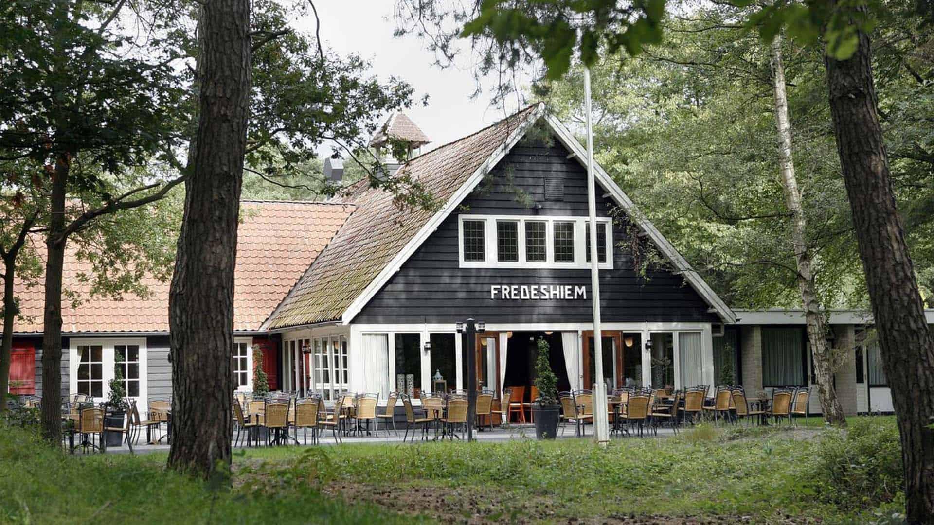 Hotel-en-vakantiehuizen-Landgoed-Fredeshiem-De-Bult-Steenwijk