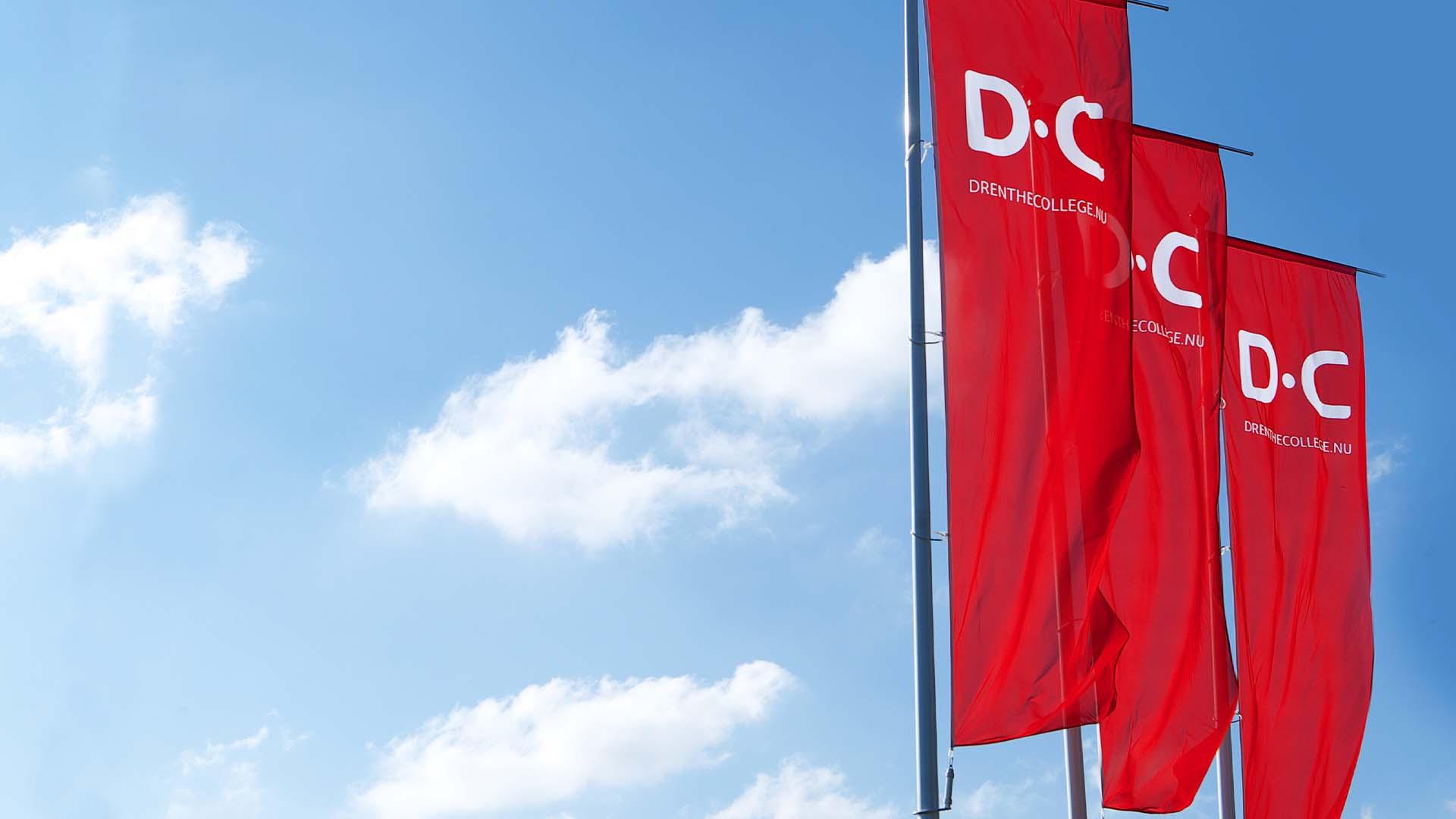 vlaggen Drenthe College-
