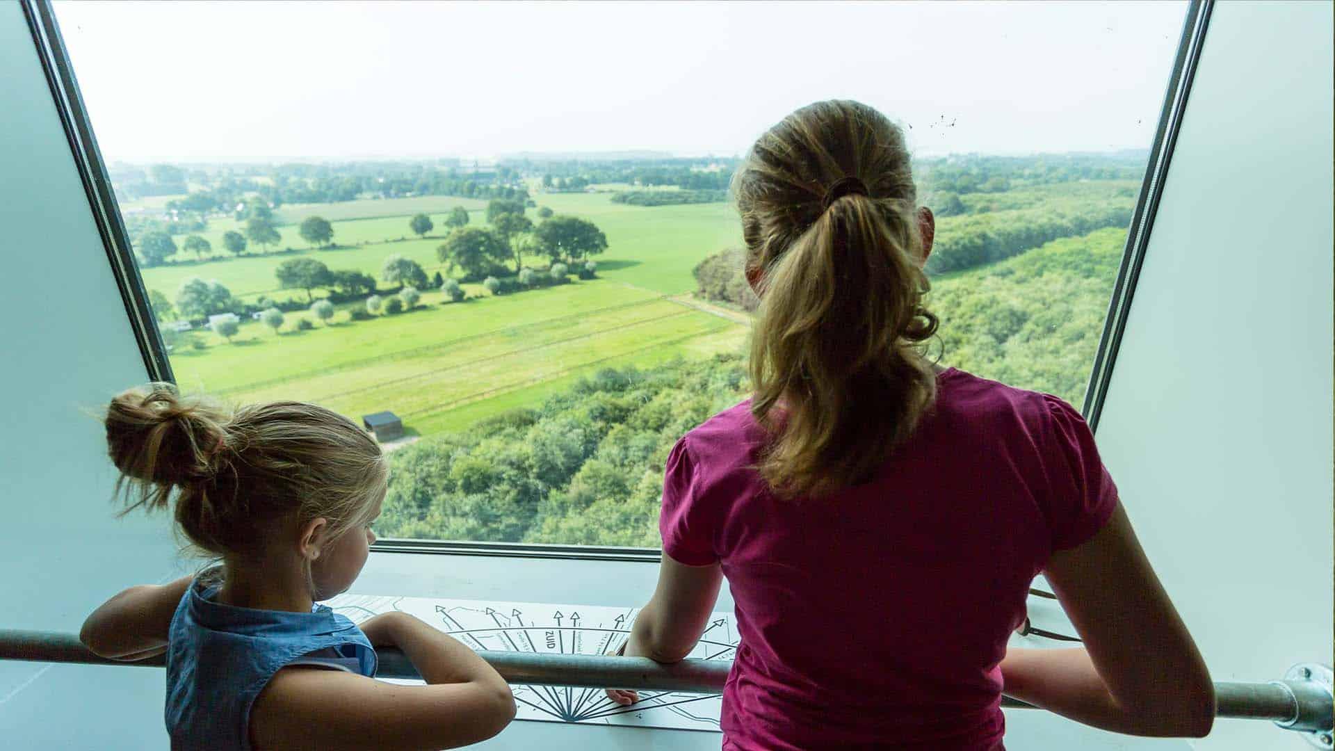 uitzicht watertoren + kinderen
